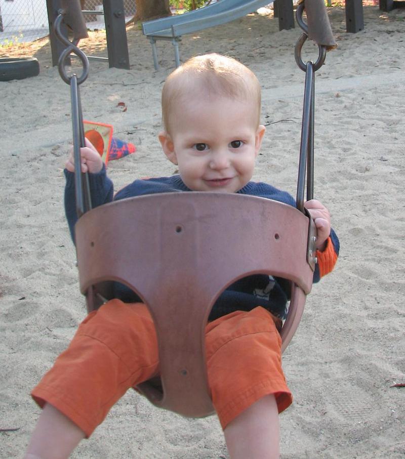 Henry_swing_2